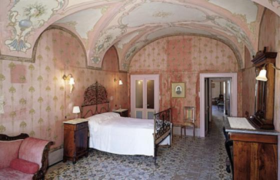 Bosa, Casa Deriu: camera da letto