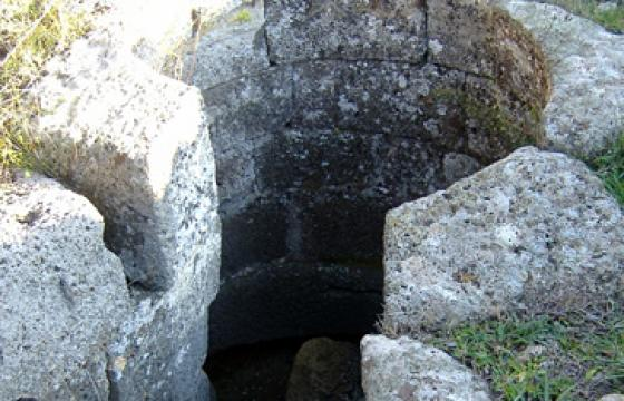 Nuragus, pozzo sacro di Coni