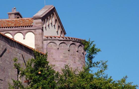 Orotelli, particolare della chiesa di San Giovanni