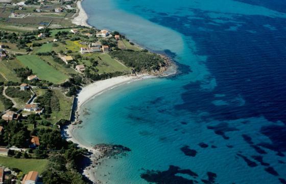 Carloforte, le acque turchesi di Girin