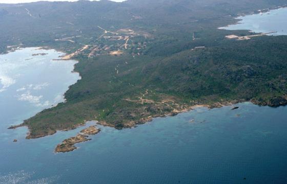 Caprera, veduta aerea della spiaggia di Stagnali
