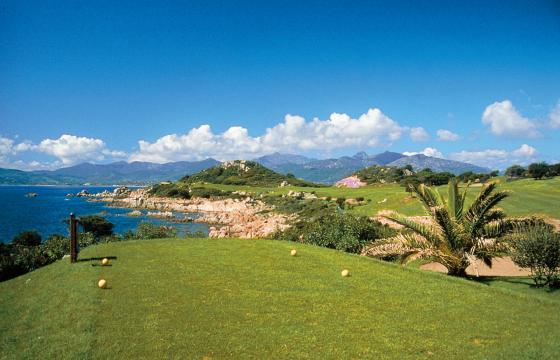San Teodoro, Puntaldia: campo di golf
