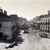 Sulla sinistra il campanile della chiesa di San Francesco di Stampace