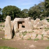 Goni, sepolture megalitiche di Pranu Mutteddu