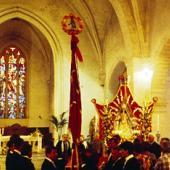 Interno della chiesa di Sant' Agostino durante la Festa dei Candelieri