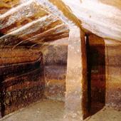 L'interno della tomba