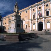 Oristano, Piazza Eleonora