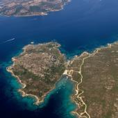 Veduta aerea di Cala Fico nell'isola di Caprera