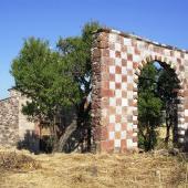Perfugas, l'arco in prossimità della chiesa di Santa Maria de Fora