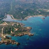 L'azzurro brillante dell'arcipelago de La Maddalena